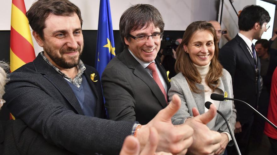 El prusés Catalufo - Página 14 Descripcion-Catalan-Puigdemont-the-Brussels_EDIIMA20171222_0016_30