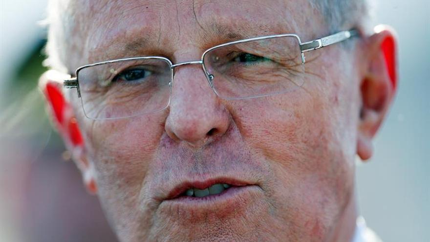 Kuczynski respalda a la ministra de Educación ante la moción de censura