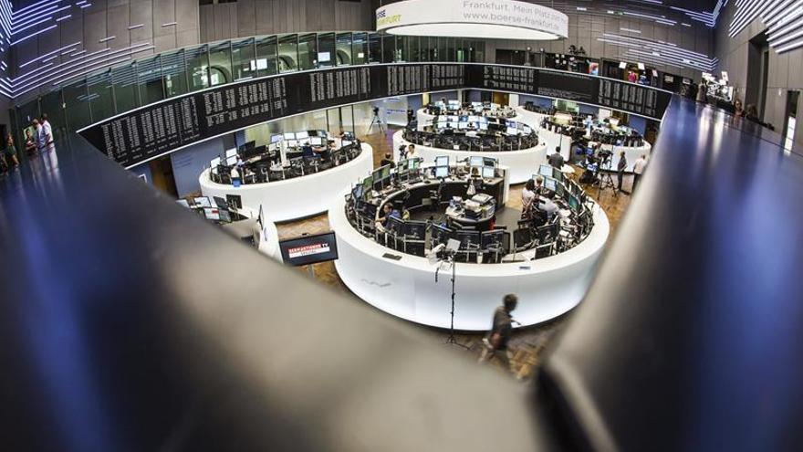El DAX alemán sube un 1,24 por ciento hasta los 9.749,30 puntos