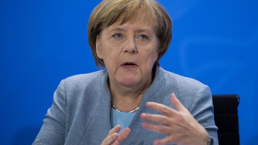"""Merkel aplaude que #MeToo sea Persona del Año para la revista """"Time"""""""