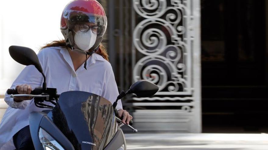 Las mascarillas deben guardarse en bolsas transpirables si van a reutilizarse