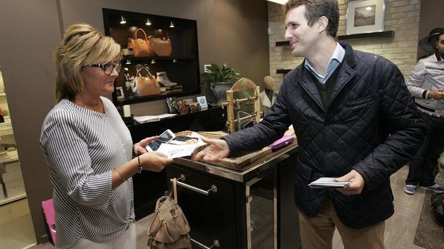 """Casado confía en que Barberá tome la decisión que """"mejor le vaya"""" al PP"""