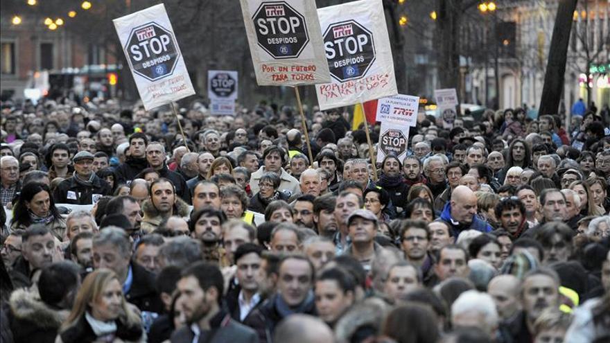 Multitudinaria manifestación en Pamplona en apoyo a los trabajadores de TRW
