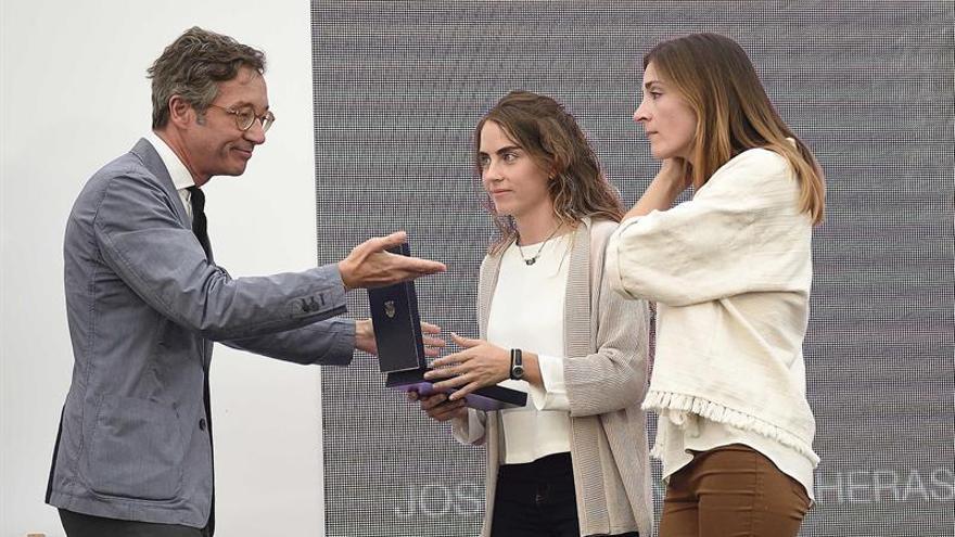 Altamira despide con un emotivo homenaje a José Antonio Lasheras