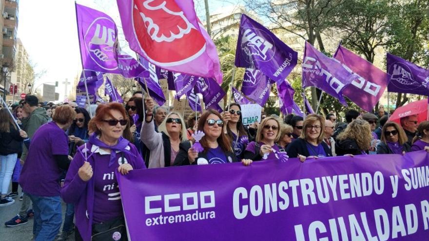 Mujeres sindicalistas, en la manifestación en Cáceres