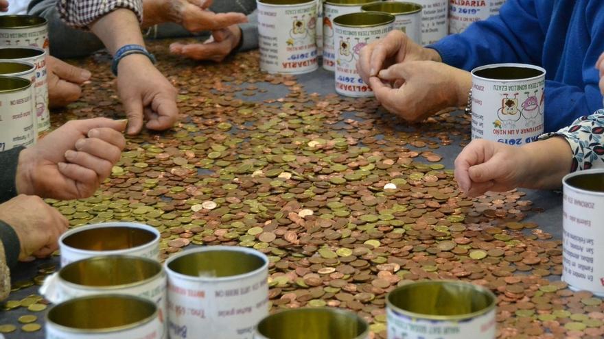 La Gota de Leche Bilbao recauda 3.405 euros en las huchas solidarias de la campaña de Vacaciones de Navidad 2019