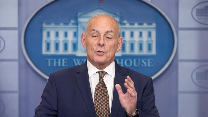 El jefe de gabinete de la Casa Blanca abogó por el fin del TPS para Honduras