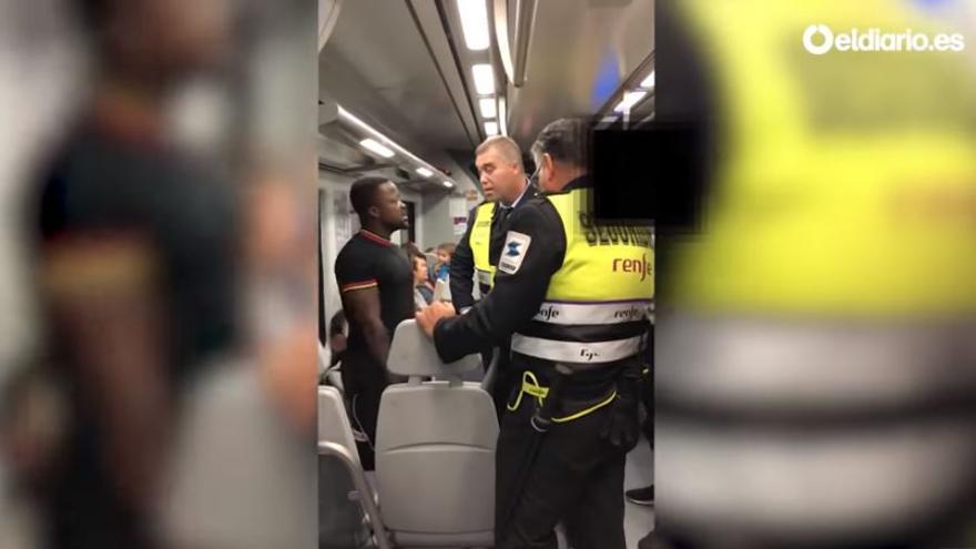 Imagen de la agresión al joven negro en Cercanías Madrid