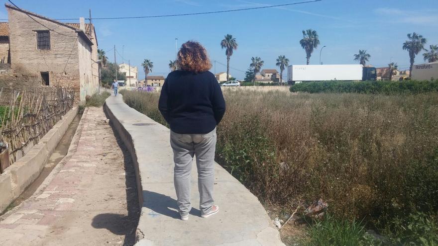 Mari Carmen vive acogida a la moratoria antidesahucios desde 2013. / Foto cedida