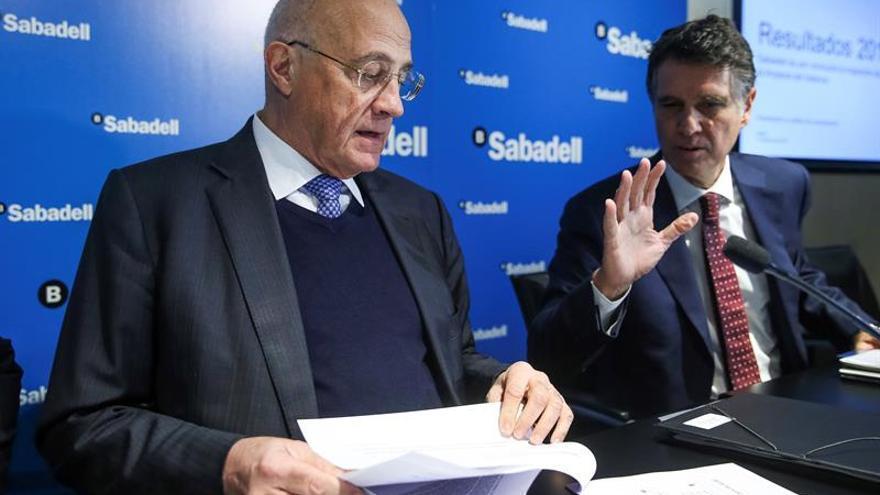 Sabadell asume costes de 460 millones por TSB y se propone mejorar eficiencia