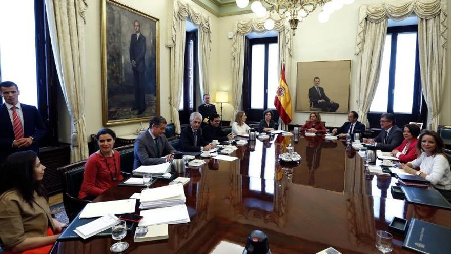 La Mesa del Congreso suspende como diputados a Junqueras, Sànchez, Rull y Turull con el rechazo de Unidas Podemos