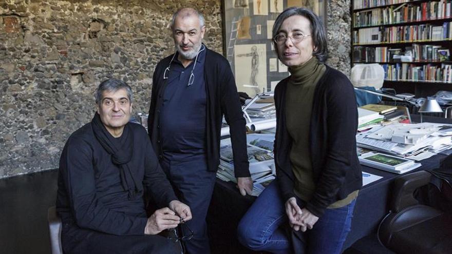 """Reyes elogian la """"creatividad e integración"""" de los ganadores del Pritzker"""