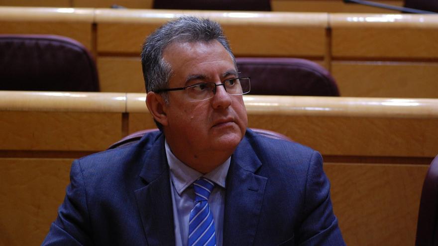 El senador por La Gomera, Gregorio Medina
