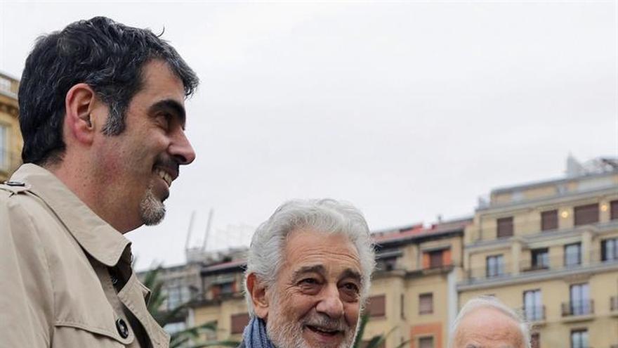 Plácido Domingo dirigirá al Orfeón en el homenaje de San Sebastián a su madre