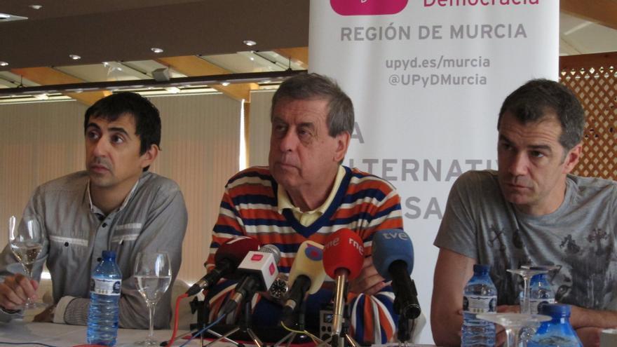 UPyD avisa de que 'Catalunya Banc' tendría que devolver las ayudas del FROB si Cataluña se independizara