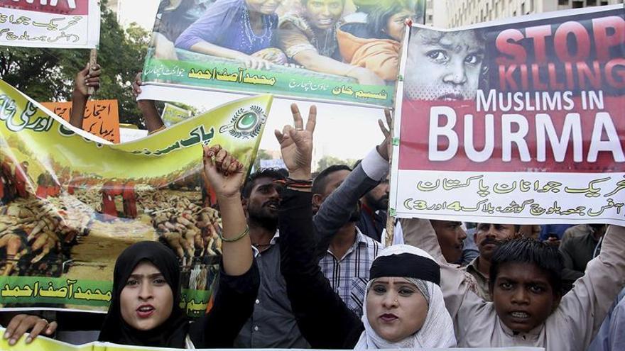 Refugiados rohinyás rozan los 150.000 y Bangladesh exige solución a Birmania