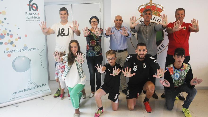 El Racing participa en una campaña en favor de los enfermos de fibrosis quística
