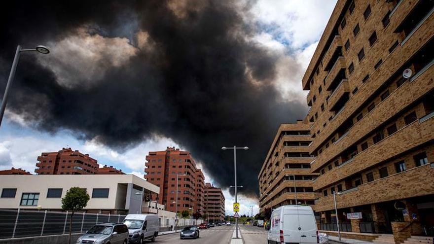 Baja la gravedad del incendio de Seseña y los vecinos pueden volver a su casa