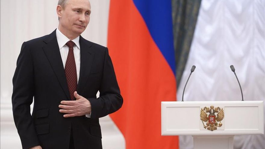 Putin cumplió su palabra y se abrió cuenta en un banco sancionado por EEUU