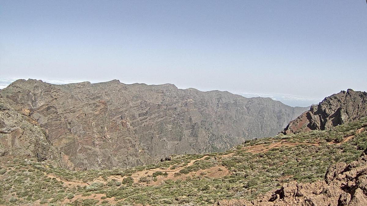 Imagen de las cumbres de La Palma  este domingo  captada de la webcam del Telescopio Óptico Nórdico (NOT por su siglas en inglés).
