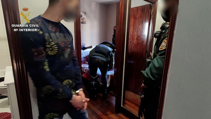 Detenido un reo en la cárcel de Córdoba por captación y adoctrinamiento yihadista dentro de prisión