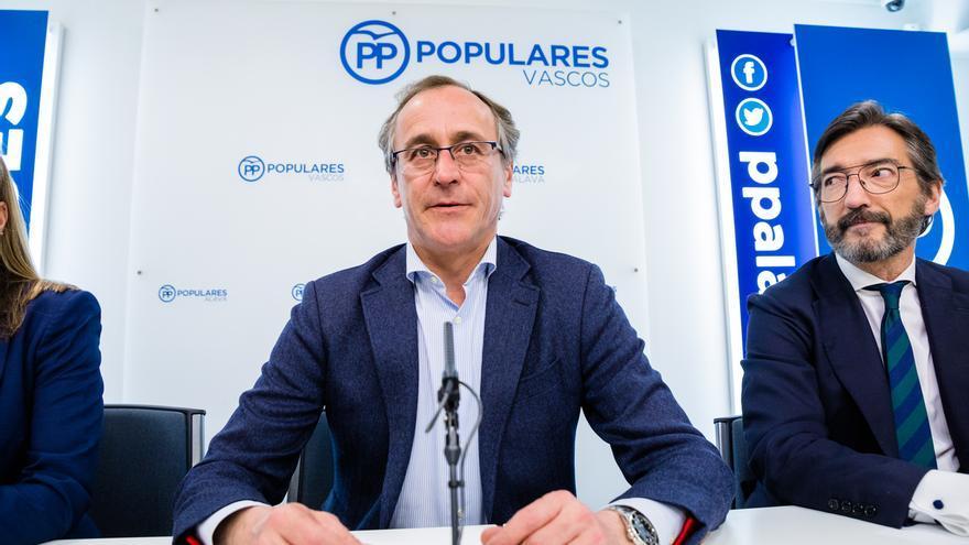 """Alfonso Alonso dimite por la falta de """"confianza"""" de Casado y afirma que tiene """"el respaldo"""" del PP vasco"""