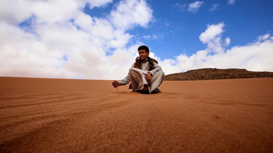 Joven en el desierto, Jordania