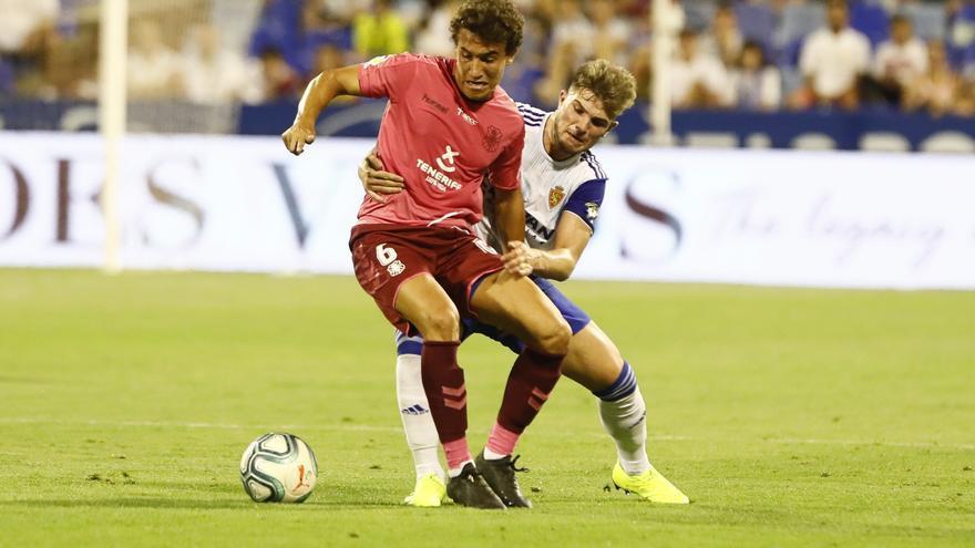 Luis Milla en el Zaragoza-Tenerife con el que comenzó la liga.