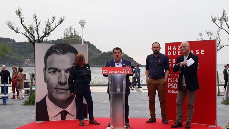 """Elorza pide la movilización de los progresistas para impedir que se dé """"un paso atrás de 40 años"""""""