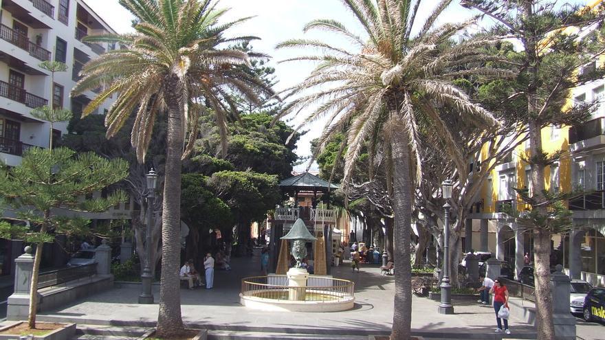 Plaza de La Alameda  de Santa Cruz de La Palma.