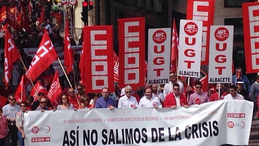 """Miles de castellano-manchegos celebran el Día del Trabajo y reclaman """"un cambio de políticas o de gobierno"""""""
