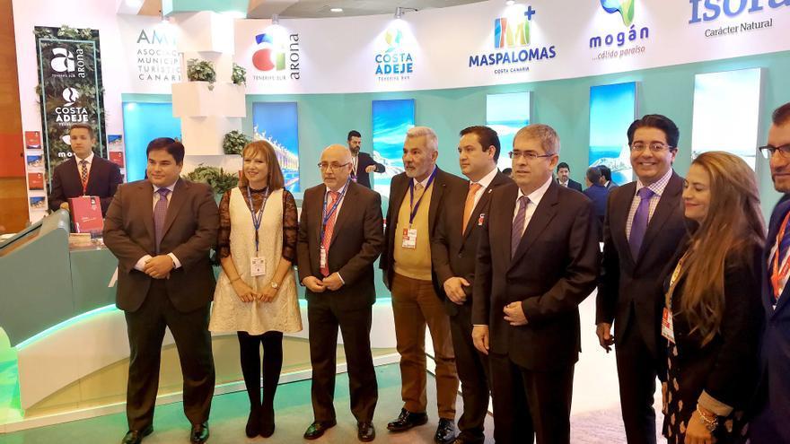 Alcaldes y concejales de los municipios integrantes de la asociación