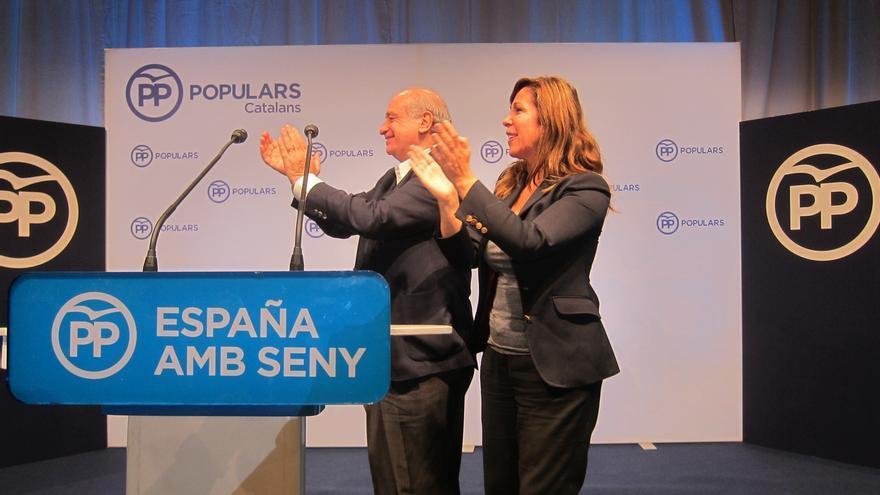 """Fernández Díaz pide el voto contra la frivolidad independentista """"echada al monte"""""""
