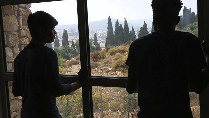 Refugiados sirios trabajan para proveedores de Mango y Zara, según la BBC
