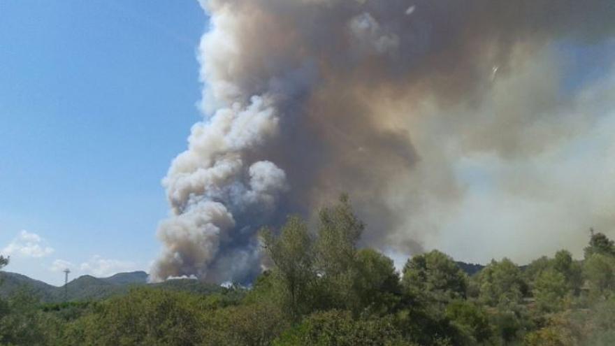 Incendio forestal en la  zona de la Peñas Aragonesas. Foto: 112