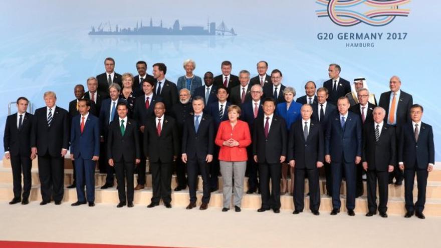 Imagen de la cumbre del G20 en 2017 a la que acudió el rey de Arabia Saudí, Salmán bin Abdulaziz, en representación de la monarquía absoluta.
