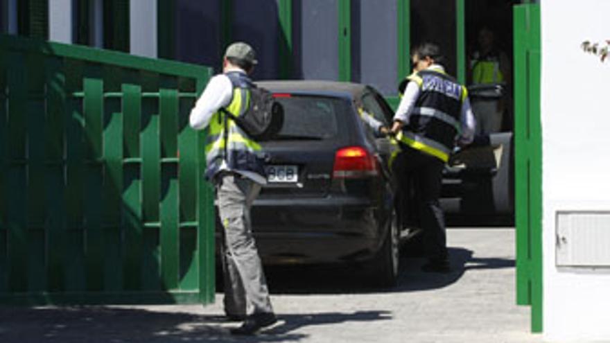 Imagen de la detención de Reyes. (ACFI PRESS)