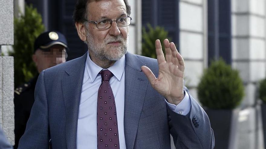 Rajoy acusa a Iglesias de no estar libre de corrupción por pagos de Venezuela