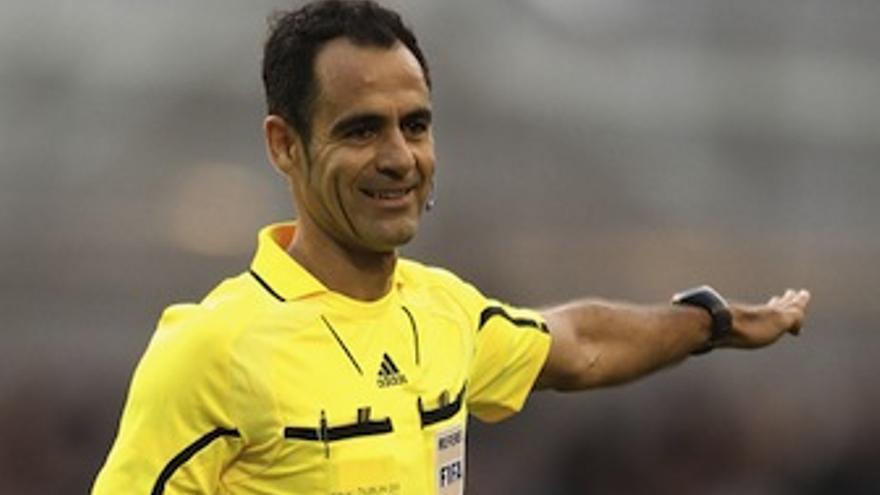 El colegiado internacional español, Carlos Velasco Carballo. (sportyou.com)