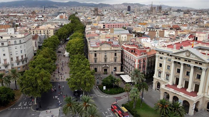 Torre Glories y hoteles, bazas de Barcelona para atraer la EMA, según la CE