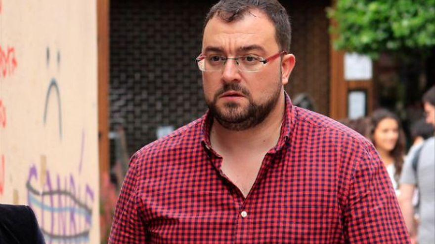 Adrián Barbón, secretario general de la Federación Socialista Asturiana.