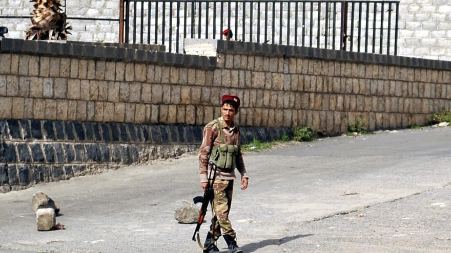 Militantes de Al Qaeda atacan con explosivos el principal gasoducto del Yemen