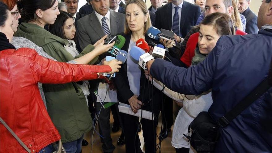 "Pastor afirma que Fomento ""se ha volcado"" con Cantabria esta legislatura"