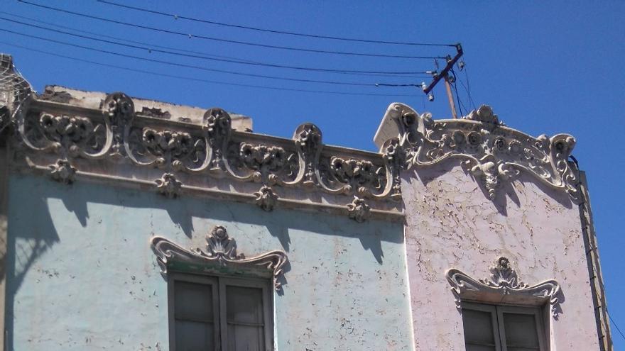 Edificio en Miraflores que el Cabildo ha pedido proteger y el Ayuntamiento santacrucero no lo ha hecho; será derribado