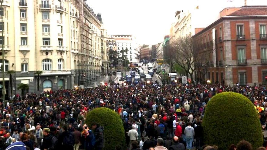 Plaza de Neptuno durante la concentración del 25-A (eldiario.es)