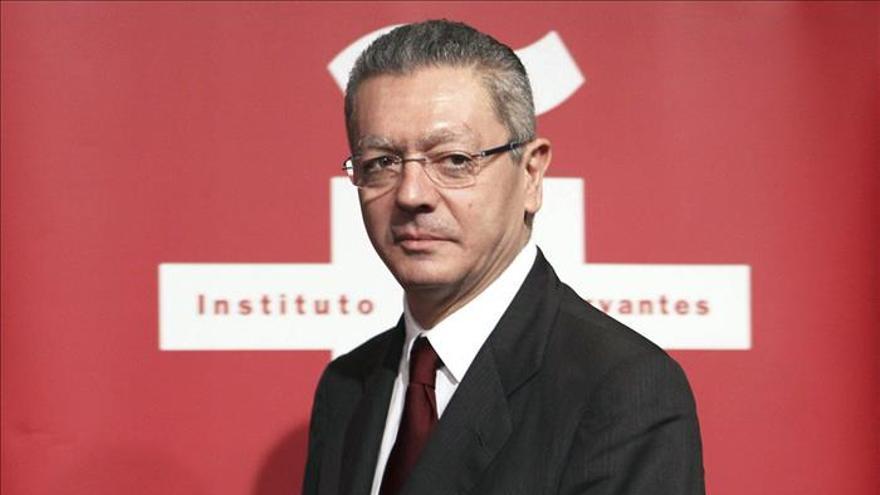 """Ruiz-Gallardón siente """"asco"""" por la retirada de la reforma de ley del aborto"""