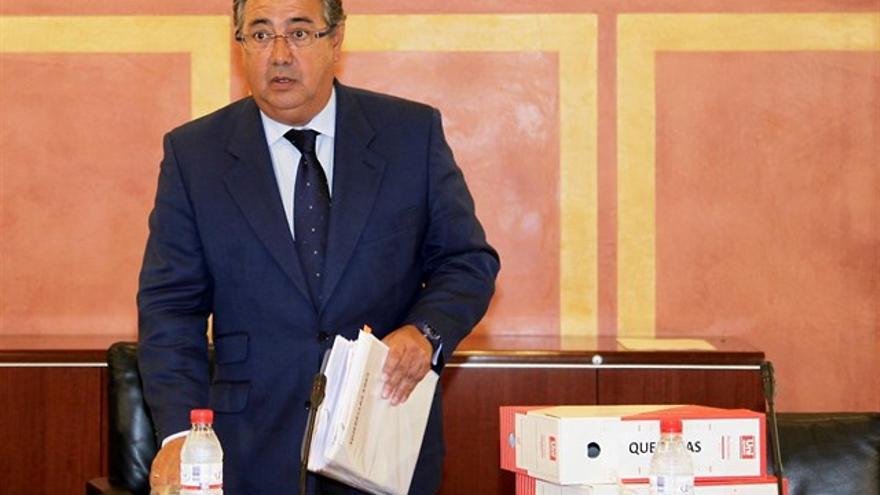 El entonces alcalde de Sevilla, en la Comisión de Investigación sobre ayudas sociolaborales 2001-2010