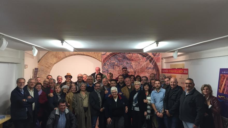 Agrupaciones del PSPV de Valencia exigen un '#Congreso Ya' para elegir en primarias una nueva dirección del PSOE
