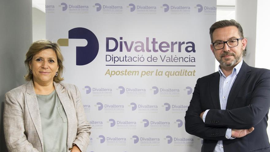 Los gerentes de Divalterra, Agustina Brines y Víctor Sahuquillo, en la presentación de la nueva marca de la antigua Imelsa.