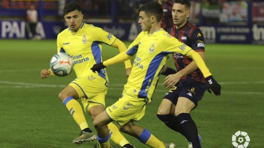 Las Palmas ya suma 25 puntos y se acerca a los puestos de promoción.